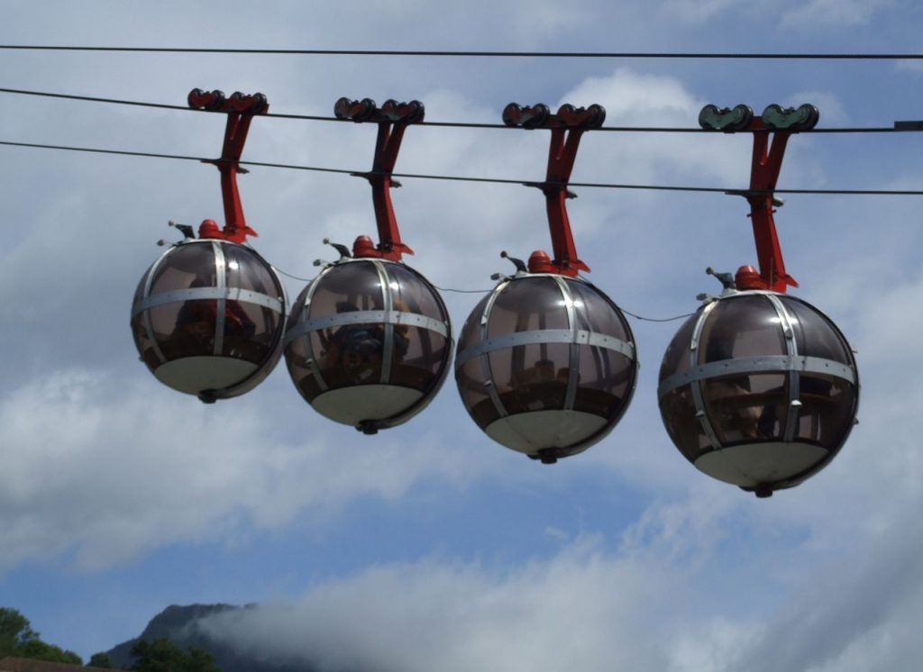 Grenoble-balls